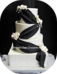 black and white wedding cakes black and white wedding cake grace tari flickr