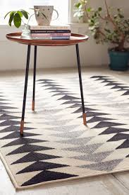 145 best home rugs images on pinterest area rugs outdoor modern triangles indoor outdoor rug