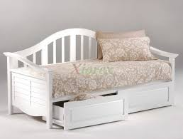 Diy Daybed Frame Chic Small Spaces Conv Together With Daybeds Daybed Diy