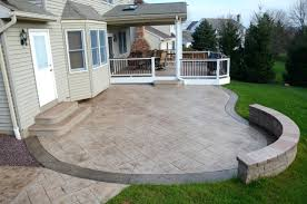 Building A Raised Patio With Retaining Wall by Patio Ideas Raised Concrete Porch Design Elevated Concrete Porch