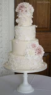 lace wedding cakes best 25 lace wedding cakes ideas on buttercream