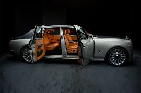 rolls royce phantom interior the new 2018 rolls royce phantom first look stuntastic