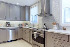 kitchen cabinets to light mcgillivray debates the pros and cons of going light