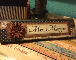 Personalized Desk Name Plates Unique Wooden Office Desk Name Plate Plaque By Shelleeodom