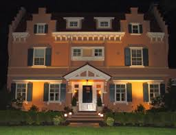 Install Landscape Lighting - four reasons why you should install outdoor lighting grandview