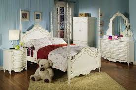 4 Poster Bedroom Set Pearl White U0027s Bedroom W Poster Bed U0026 Carving Details