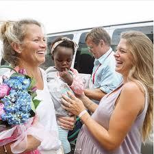 how thomas rhett and wife spent willa u0027s first day home