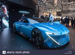 peugeot luxury car peugeot instinct concept car at the 87th geneva international