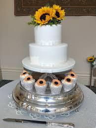 wedding cake essex wedding cake 2 tier pics 2 tier wedding cake cupcakes rochford