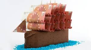 hochzeitsgeschenk basteln geld geldgeschenk idee hochzeit ein schiff aus geld basteln