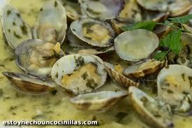 cuisiner des palourdes palourdes sauce verte à l ail et persil fruits de mer et