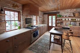 cuisine ancienne bois et dans une cuisine ancienne