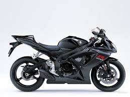 gsxr 600 in black i want badly badly badly i will get this