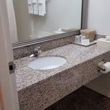 Comfort Inn And Suites Sandusky Ohio Comfort Inn 114 Photos U0026 31 Reviews Hotels 5909 Milan Rd