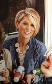 one side stack sassy bob bllack hair 471 best sexy short hair styles images on pinterest layered