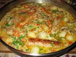 cuisiner saucisse de toulouse fricassée de saucisses de toulouse aux chignons de beaubarbu