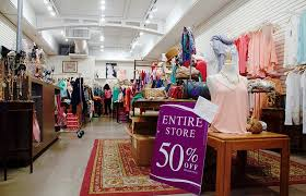 clothing stores college students budgets contribute to closing of berkeley