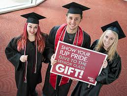 gifts for graduating seniors seniors make your through senior class gift news support