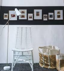 how to hang a picture chezmoi style