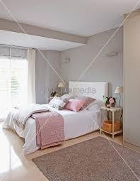 schlafzimmer altrosa schlafzimmer einrichten rosa rosa schlafzimmer welche vorteile und