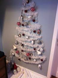 how can an ocd person decorate a tree without obsessing