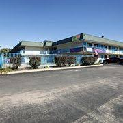 hotels near deltaplex arena and conference center book the