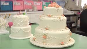 wedding cake decorating tips u2013 monkeysee videos