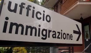 ufficio immigrazione bologna permesso di soggiorno favori sessuali in cambio permesso di soggiorno agente