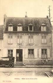 bureau de poste metz attichy oise cpa hotel de la croix d or h jpg
