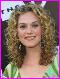 perm hair style for fine layered hair nice naturally curly haircuts medium length lives star