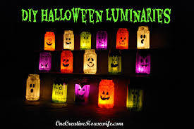 Halloween Luminary Bags Make by One Creative Housewife October 2012
