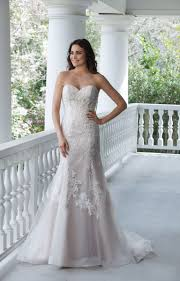 wedding dress shops in hitchin for wedding dresses bridesmaid dresses in the hitchin and