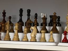 the chess set display grows chess forums chess com