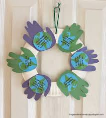 handprint wreath for earth day kid craft fspdt