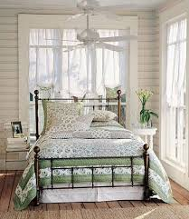 Iron Headboard And Footboard by Best 25 Wrought Iron Bed Frames Ideas On Pinterest Wrought Iron