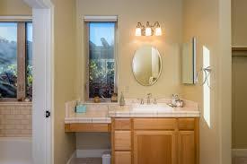 Jack Jill Bathroom 11400 Santa Ana Rd Bhgre Haven Propertiesbhgre Haven Properties