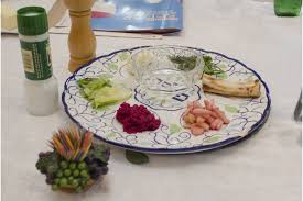 30 minute seder the haggadah that blends brevity with tradition straffs bring neighbors together for passover longboat key