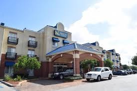 Comfort Inn In San Antonio Texas Hotel Quality Suites At Rittiman San Antonio Tx Booking Com