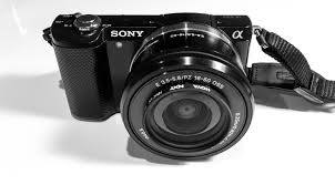 sony a7 black friday first impressions u2013 the sony a5000 with the kit 16 50mm power zoom