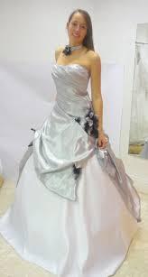 robe de mariã e grise et blanche sb mode création mariage roumazières loubert
