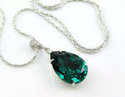 Emerald Best 10 Emerald Jewelry Ideas On Pinterest Emerald Diamond