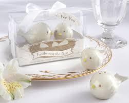 salt and pepper wedding favors feathering the nest ceramic birds salt pepper shakers