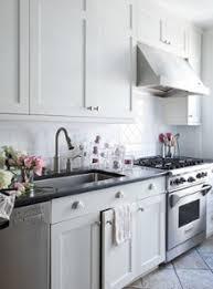 kitchen knob ideas impressionnant white shaker kitchen cabinets hardware best 17 ideas