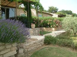 chambre d hote gordes bed breakfast guest houses des oliviers gordes vaucluse