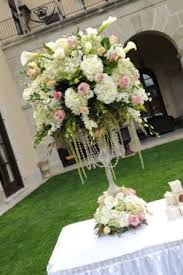 Pedestals Flowers Getting Married On Long Island Long Island Wedding Centerpieces