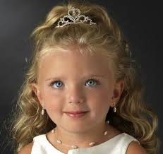 hair styles with rhinestones the child s rhinestone heart tiara comb features an ornamental