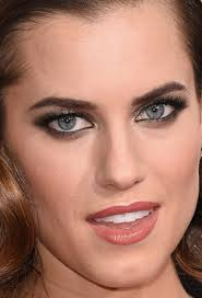 nude photos of amanda peet 67 of the best beauty looks at the golden globes beautyeditor
