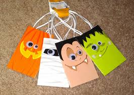 apples to applique halloween goodie basket