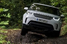 land rover ranch 2015 land rover defender 110 vs 2017 land rover discovery