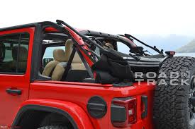 2018 jeep wrangler interior fully revealed the 2018 jeep wrangler team bhp
